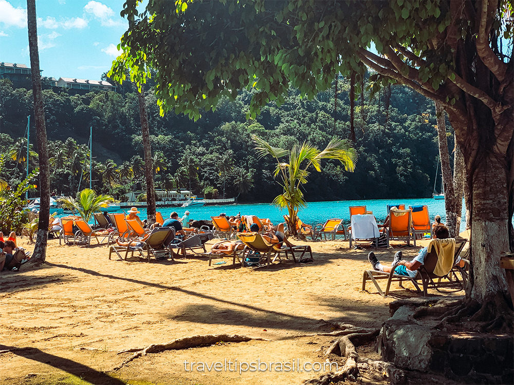 marigot-bay-beach